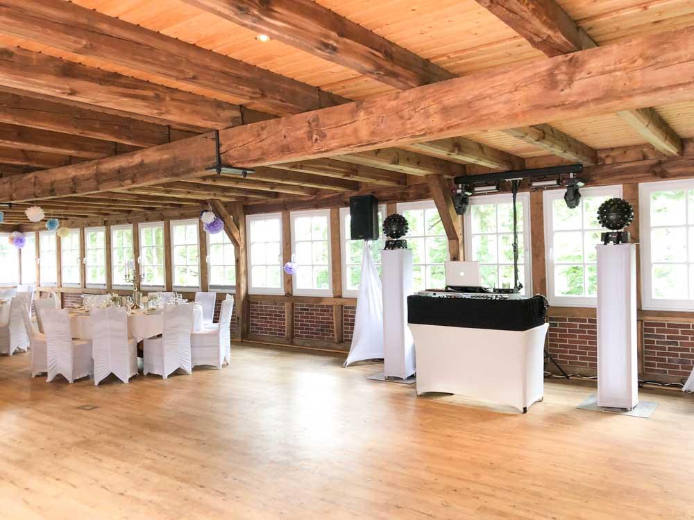 Location Empfehlung Landhaus Haverbeckhof Festraum mit DJ