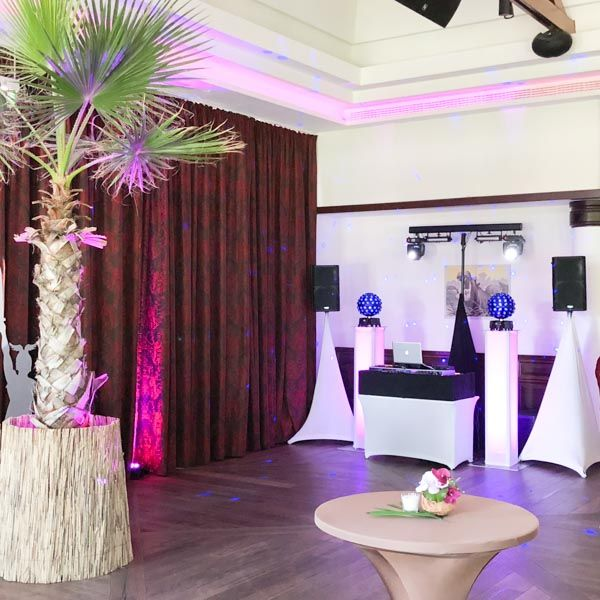 Hochzeit Location Empfehlung Lindner Park Hotel Hagenbeck Saal mit Anlage Alb deejays